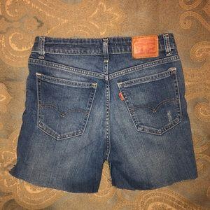 LEVIS Skinny Denim Shorts